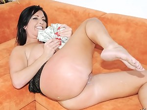 Free Big Ass Money Porn Pictures